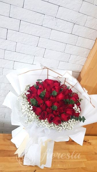 Picture of VD068 - 50 Roses