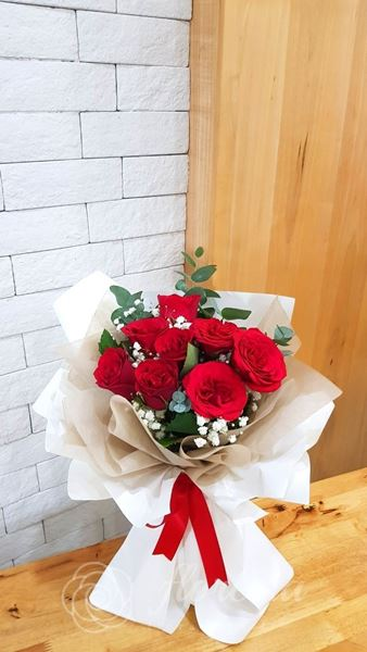 Picture of VD070 - 10 Roses